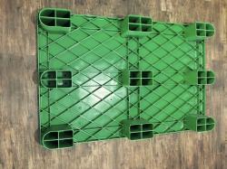 تصاویری از پالت پلاستیکی